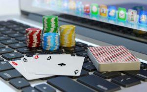 Amusing Features That Make Online Gambling Games Popular